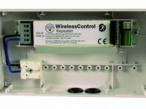 Repeater for Wireless Control (230VAC)
